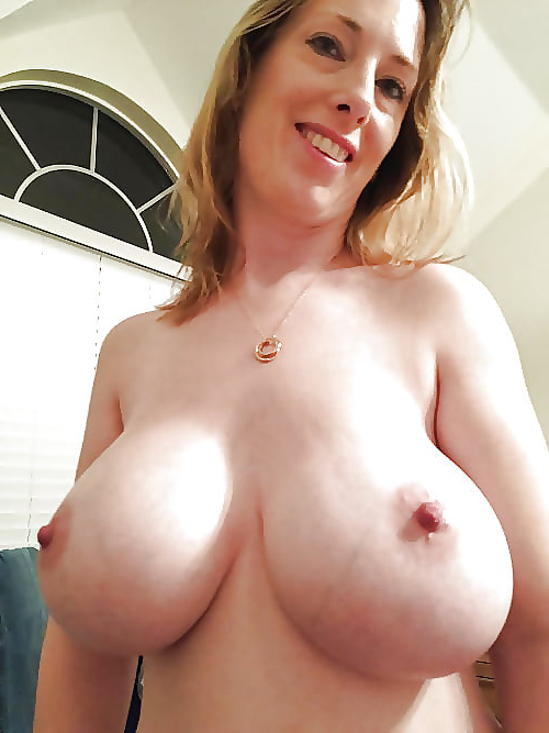 Mature nipples chubby pussy