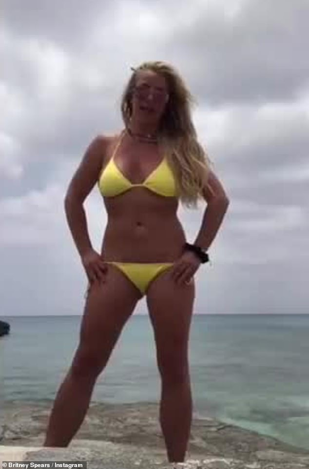 Britney spears hot touching herself