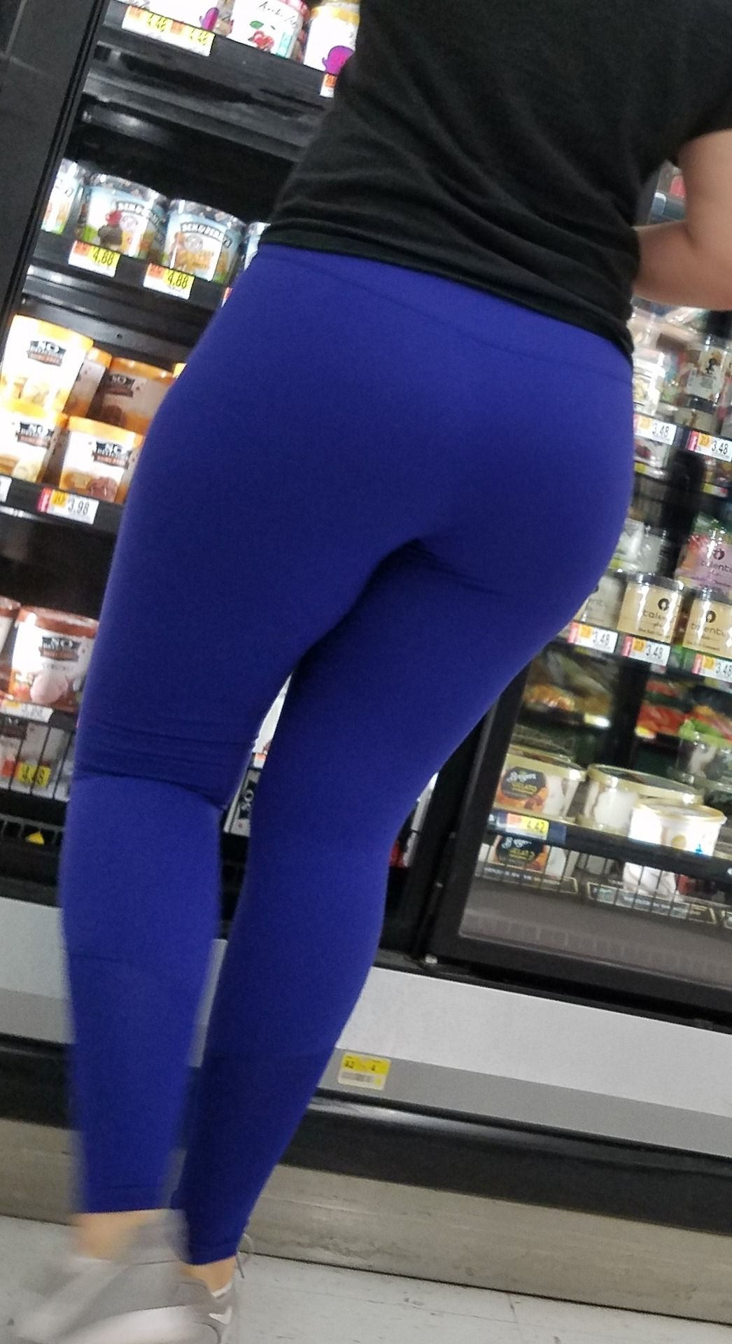 Candid booty gallery